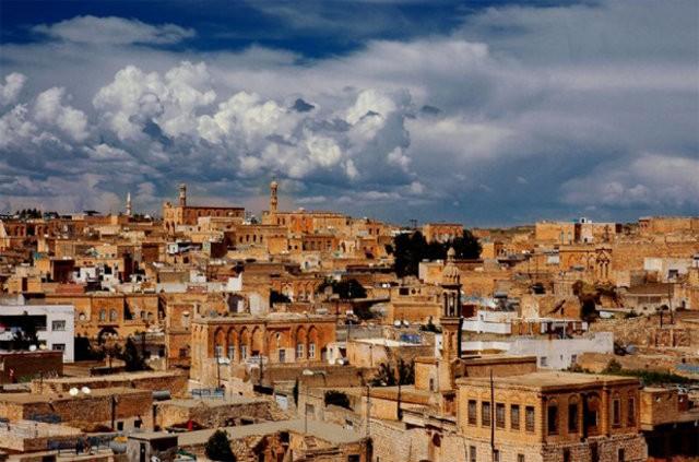 25 - Midyat, Mardin Nüfus: 108.242