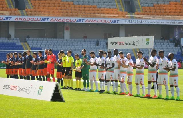 Maça iyi başlayan ve iyi bitiren Aytemiz Alanyaspor'du. İlk yarım saat ve  son 15 dakika adeta maça hükmettik.