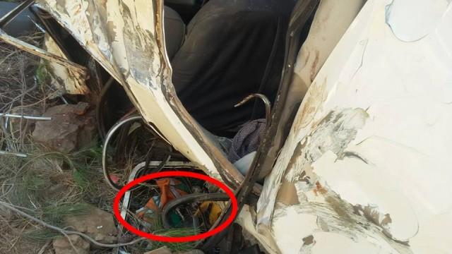 Alanya'da kontrolden çıkan otomobilin metrelerce yükseklikten uçuruma yuvarlanması sonucu 2 kişi öldü, 2 kişi de ağır yaralandı.