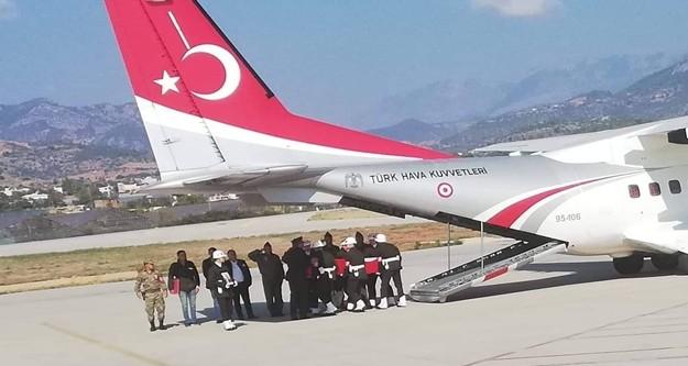 Hakkari'nin Şemdinli ilçesinde meydana gelen patlamada şehit olan askerlerden Topçu Er Yusuf Önder'in cenazesi Antalya'nın Gazipaşa Havalimanına getirildi. Şehit cenazesi daha sonra toprağa verilmek üzere Alanya'ya götürüldü.