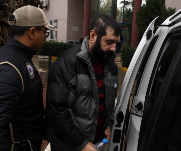 Mahkeme kararıyla ilk olarak 12 Mart 2015'te Alanya'ya dönen Özdemir, hakkında açılan soruşturmadan dolayı İçişleri Bakanlığı tarafından görevinden alınarak Isparta Vali Yardımcılığı'na atandı. Mahkeme Özdemir'i 28 Haziran 2015'te tekrar Alanya'ya gönderdi ancak Bakanlık kararıyla bir gün sonra Isparta Vali Yardımcılığı'na geri gönderildi. Tekrar dava açan Özdemir, 10 Şubat 2016'da Alanya Kaymakamlığı görevine yine iade edildi. Özdemir, bir gün görev yapıp rapor aldı. Ardından İçişleri Bakanlığı tarafından yine geçici görevle Kayseri Vali Yardımcılığı'na atandı. Sürekli soruşturma geçiren Erhan Özdemir'in Alanya'daki bir vakfın başkanlığı görevinden uzaklaştırılmış olması nedeniyle, mahkemeler tarafından göreve iade edilmişti.