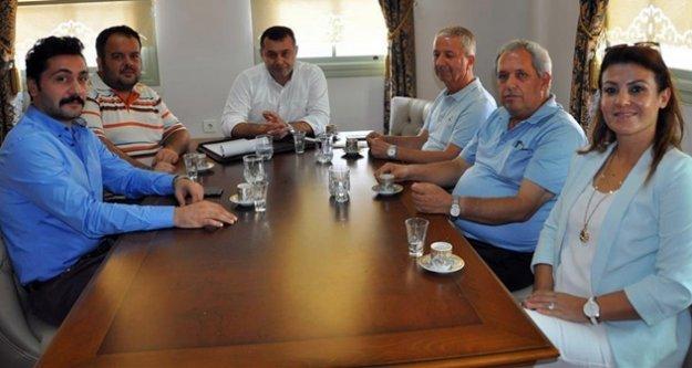 CHP'Lİ ÜYELERE HİZMET BRİFİNGİ