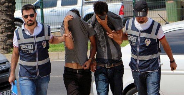 ZEHİR TACİRLERİNE POLİS 'DUR' DEDİ