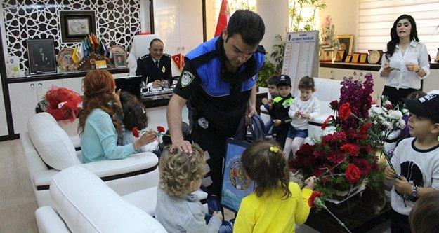 MİNİK POLİSLER EMNİYET ZİYARETİNDE