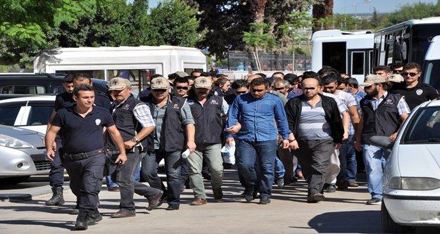 Antalya'da FETÖ/PDY şüphelisi 34 kişi, adliyeye sevk edildi