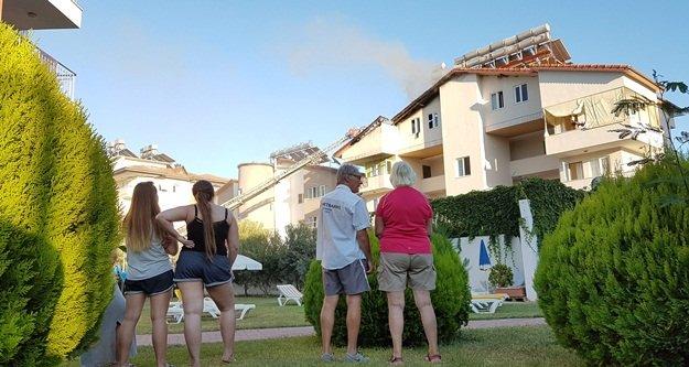 Apart otelde çıkan yangın korkuttu