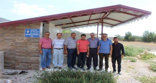 Mezarlık ve Şadırvan tadilatları devam ediyor