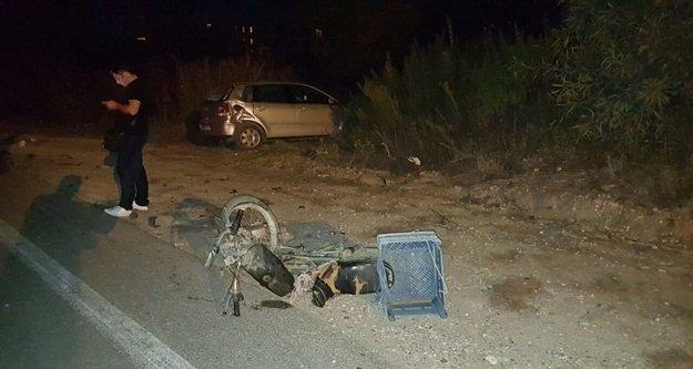 Motosiklet otomobile çarpıştı: 1 yaralı