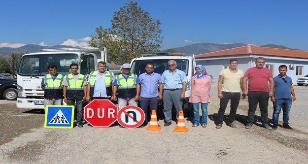 Alanya'ya özel trafik levha ekibi kuruldu