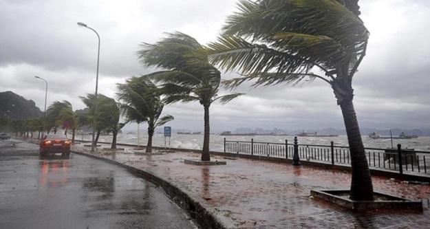 Alanya'ya  yağış ,dolu ve fırtına uyarısı
