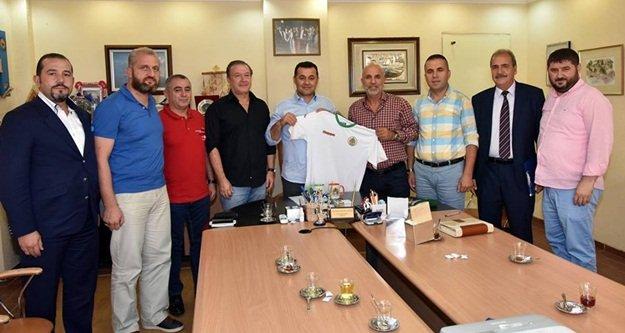 Alanyaspor'dan Yücel'e teşekkür ziyareti