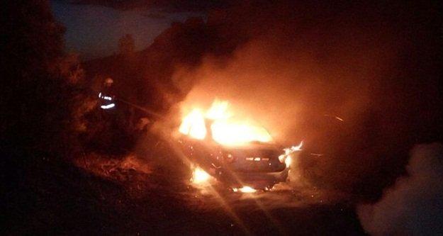 Aracını yaktı, #039;cinler yaptırdı#039; dedi