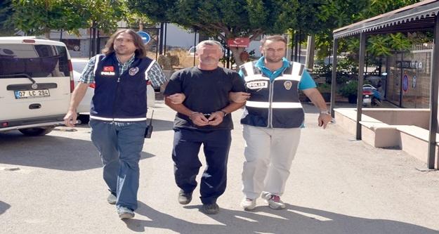 Araçlardan hırsızlık yapan 1 kişi yakalandı