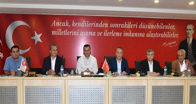 CHP'li başkanlardan Yücel'e ziyaret