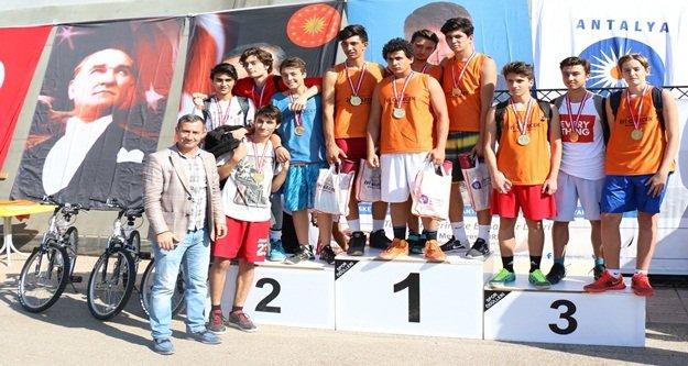 Cumhuriyet Kupası'na yoğun ilgi