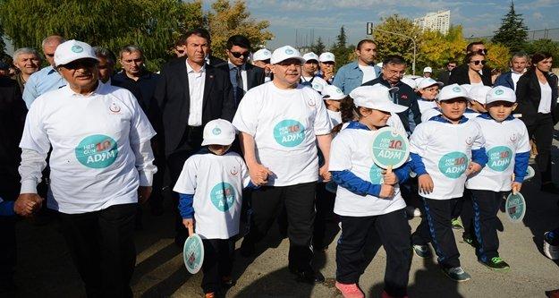 Dünya yürüyüş günü'nde 'Her gün 10 bin adım' dedi