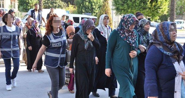 Komşuda 20 kadına FETÖ/PYD gözaltısı