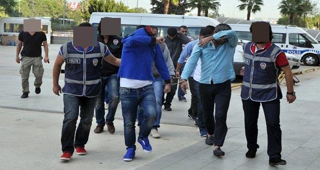 PKK'nın esrarını Antalya'da pazarlayan 11 kişi yakalandı