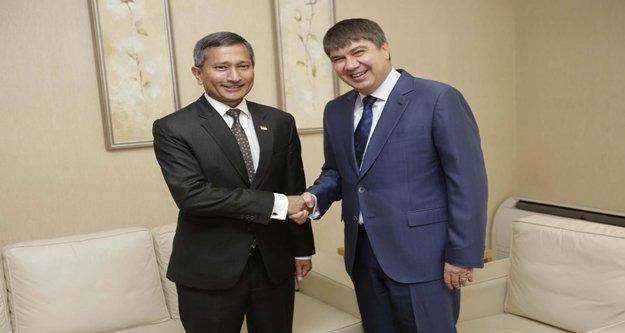 Singapur Dışişleri Bakanı  Türel'i ziyaret etti