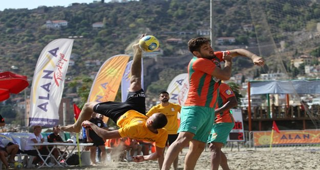TFF Plaj Futbolu Ligi finalleri başladı