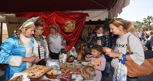 Alanya 'Noel Pazarı'na hazırlanıyor
