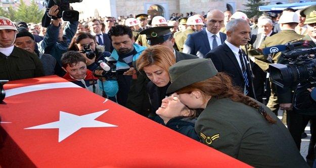 Antalya şehidini dualarla uğurlandı
