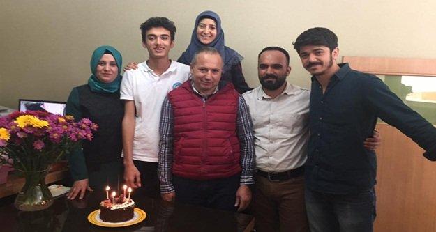 Emirhan'a 16. yaş pastası