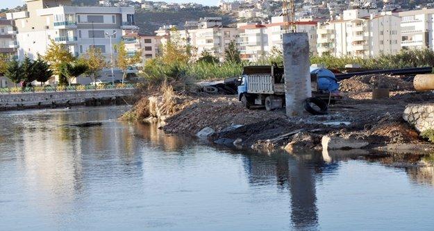 Finike'ye iki köprü yapılıyor