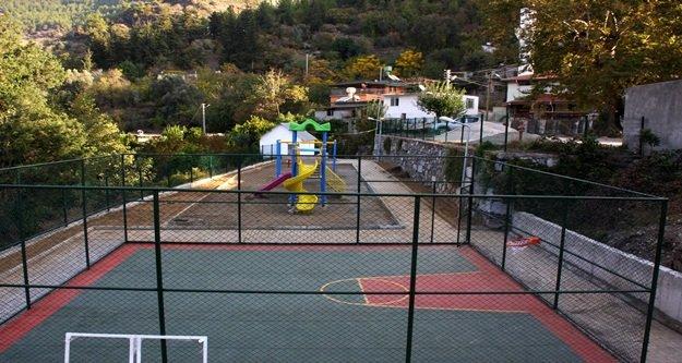 Köyde park sevinci