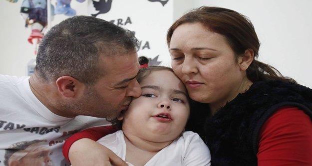Ölümüne büyüyen Azra, başka çocuklara umut olacak