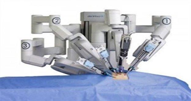 Robotik cerrahi tekniği ile ameliyat oldu