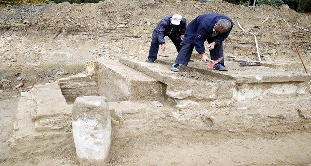 Yurt inşaatı kazısından antik mezar çıktı