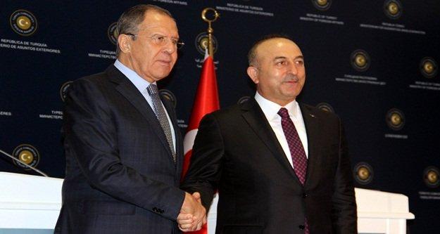 Çavuşoğlu'ndan Rusya ile vize açıklaması