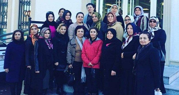 AKP'li Kadınlardan anlamlı yardım