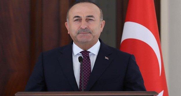 Çavuşoğlu'ndan 3 dilde kutlama