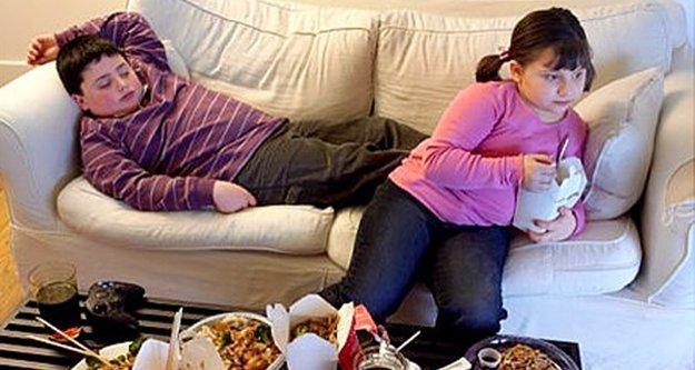 Obezite çocukların ruh sağlığını da bozuyor