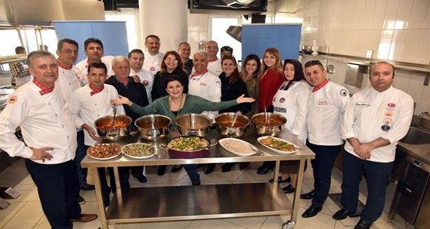 Usta aşçılara Alanya yemekleri öğretildi