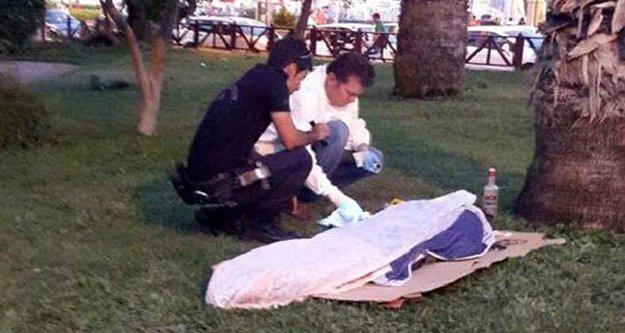 Alanya'da şok! Parkta ölü bulundu
