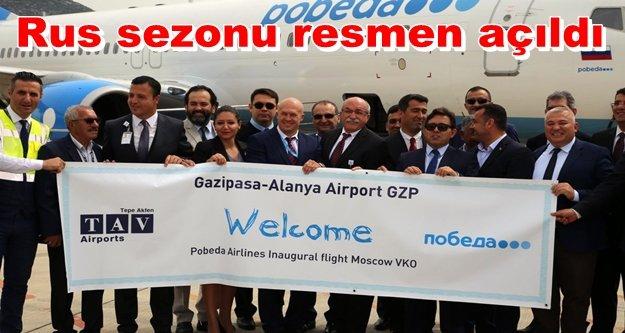 Alanya'dan Rus uçağına görkemli karşılama