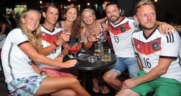 Almanya'dan turizmi baltalayacak uyarı