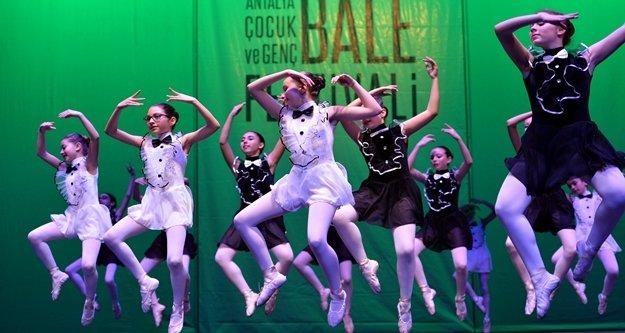 'Çocuk ve Genç Bale Festivali' yapıldı