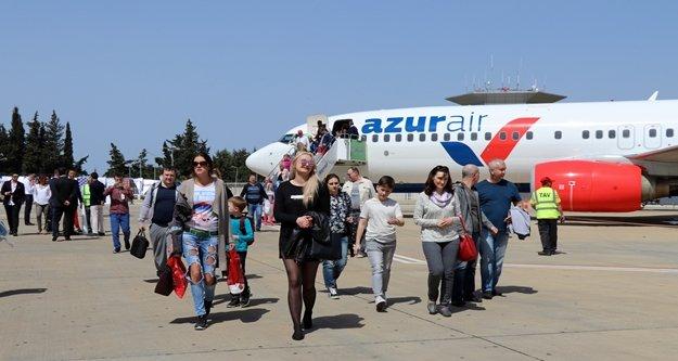 Gazipaşa-Alanya havalimanına Rus turist akını