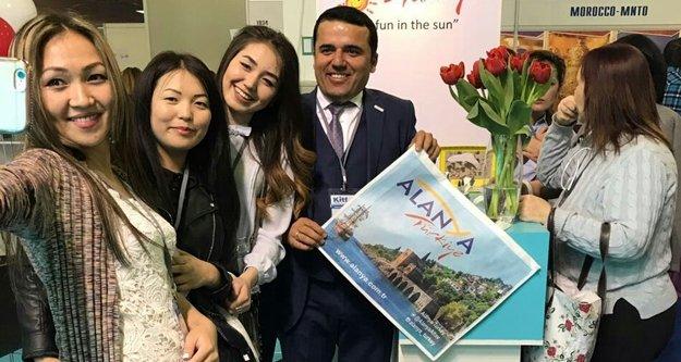 Kazak turist Alanya'yı tercih ediyor