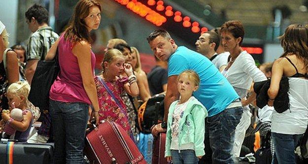 Turizm gelirleri yüzde 17 düştü
