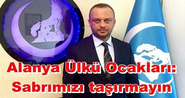 Türk Bayrağı yakanlara tokat gibi cevap