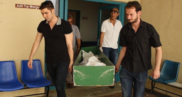 Kaza kurbanı iki kadının cenazesi defnedildi
