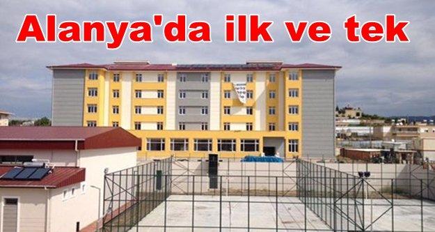 Mevlüt Çavuşoğlu Lisesi'ne kayıtlar başladı