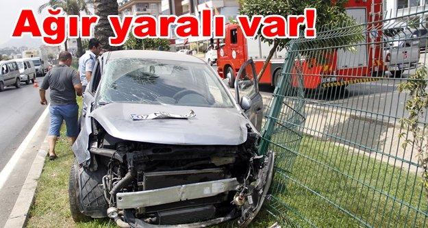 Alanya'da feci kaza: Otomobille yakıt tankeri çarpıştı