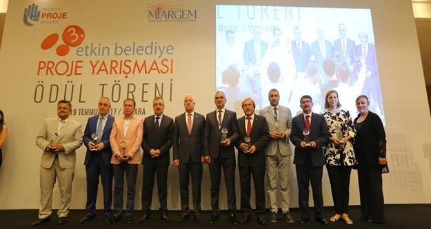 Büyükşehir'in projesi ödül aldı