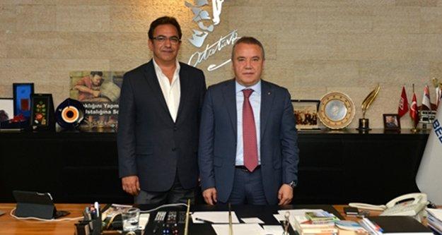 CHP'de Büyükşehir için iki isim ön plana çıkıyor